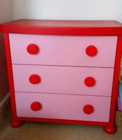 Girls chest of drawers