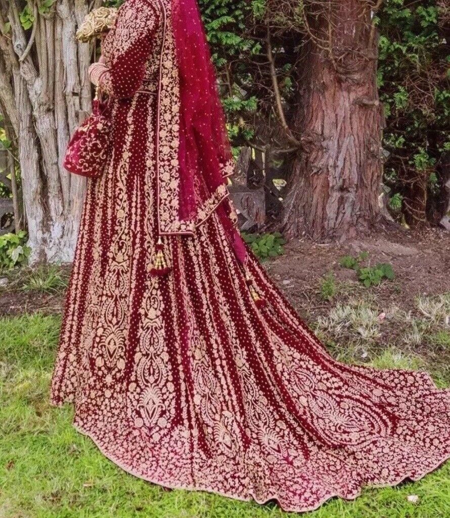 ccd6329a28a Stunning beautiful Asian Indian Pakistani bridal wedding ball gown long  trail dress