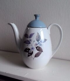 Stylish Vintage Tea Pot Ridgeway VGC
