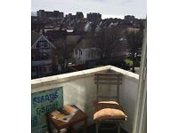 SB Lets are Delighted to Offer a Spacious, Furnished 1 Bedroom short term let Flat Located in Hove