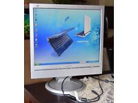"Philips 170B6CS 17"" LCD Monitor, built-in Speakers"