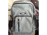 Nearly New OAKLEY Backpack in grey