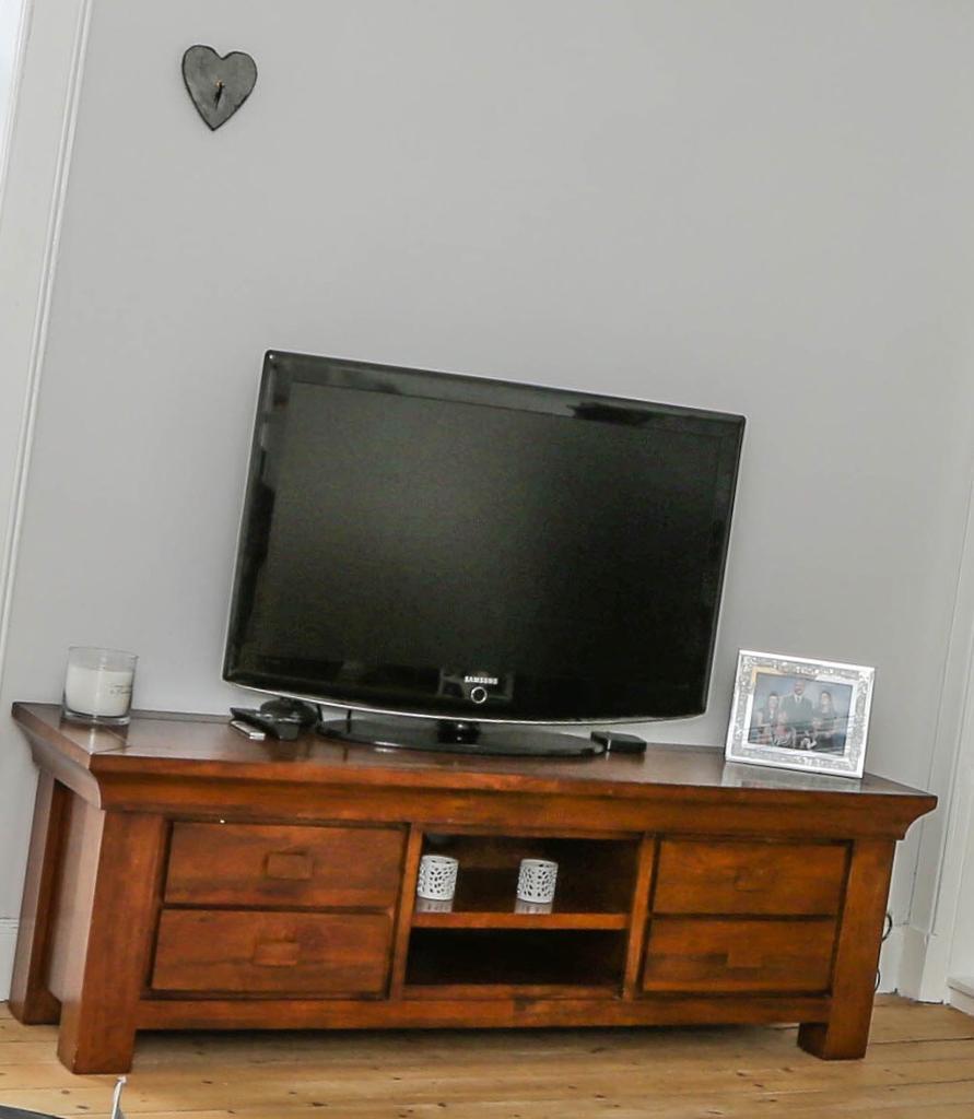 Wood Living Room Set Solid Wood Living Room Set In Crail Fife Gumtree