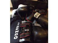 Full ladies kick boxing kit
