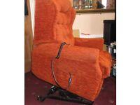 Rise & tilt armchair
