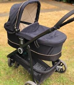 Graco 3 Piece Travel System with Base.