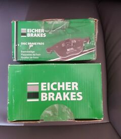 FRONT AND REAR BRAKE PADS FOR A RENAULT MEGANE