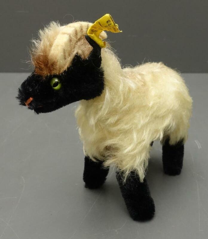 "Vtg Steiff ""SNUCKI"" Fuzzy Mohair RAM Mountain Goat Sheep w/ brass Button + Tag"