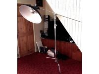 Photographic double riser C Stand and boom arm for studio use
