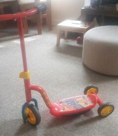 Fireman sam three wheeled toddler scooter