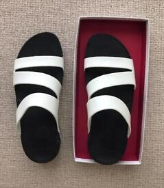 Women's sandals size 7 / 41