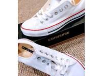 NEW Converse - Chuck Taylor version size 7