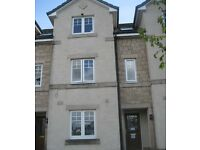 4 bedroom student house to let, close to Stirling University, in excellent condition.