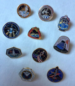 NASA 10 Pin Badges Set From Many Shuttle Missions Collector Rare Apollo Moon Mars Hubble Telescope