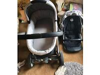 Oyster 2 in 1 Travel system with accessories