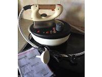 Vaporella steam iron