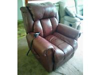 Wiltshire Leather Dual Motor Riser Recliner