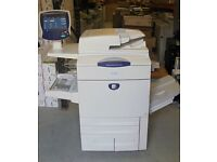 XEROX DOCUCOLOR DC 242 DC242 WITH BUSTLED RIP / FIERY ONLY 148K METER