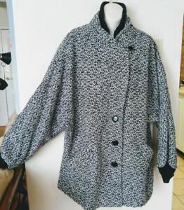 16 XL Dolman Sleeve Jacket Made in USA Vintage Material made in Italy Tight cuffs Retro Black & White
