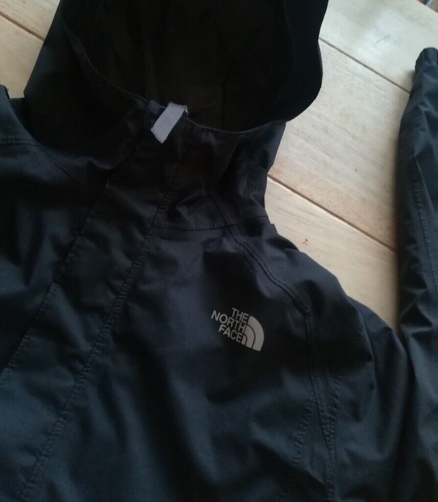46e437839145 Boys Genuine THE NORTH FACE Zipline rain jacket lg