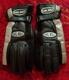 Karl Wolf Ladies leather biker gloves, excellent condition, size Small £13.00