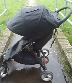 Baby jogger city mini 4 wheeler with raincover