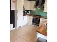 Kitchen - Howdens complete kitchen with appliances. Excellent condition