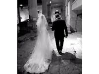 Wedding Photographer - Reportage / Candid Style