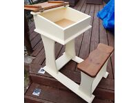 SOLID WOOD SCHOOL DESK ALL IN ONE SUIT CHILD UP TO AROUND 11 YEARS