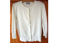CARDIGAN: Women's white round neck Wallis ¾ length sleeve cardigan. Size 12. Ideal for summer