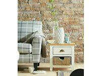 Clovely oak lamp table