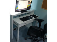 Slim Hideaway Console Desk with slide out shelf for PC Setup ( 100x88x36cm )
