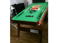 Pool table with all accesories