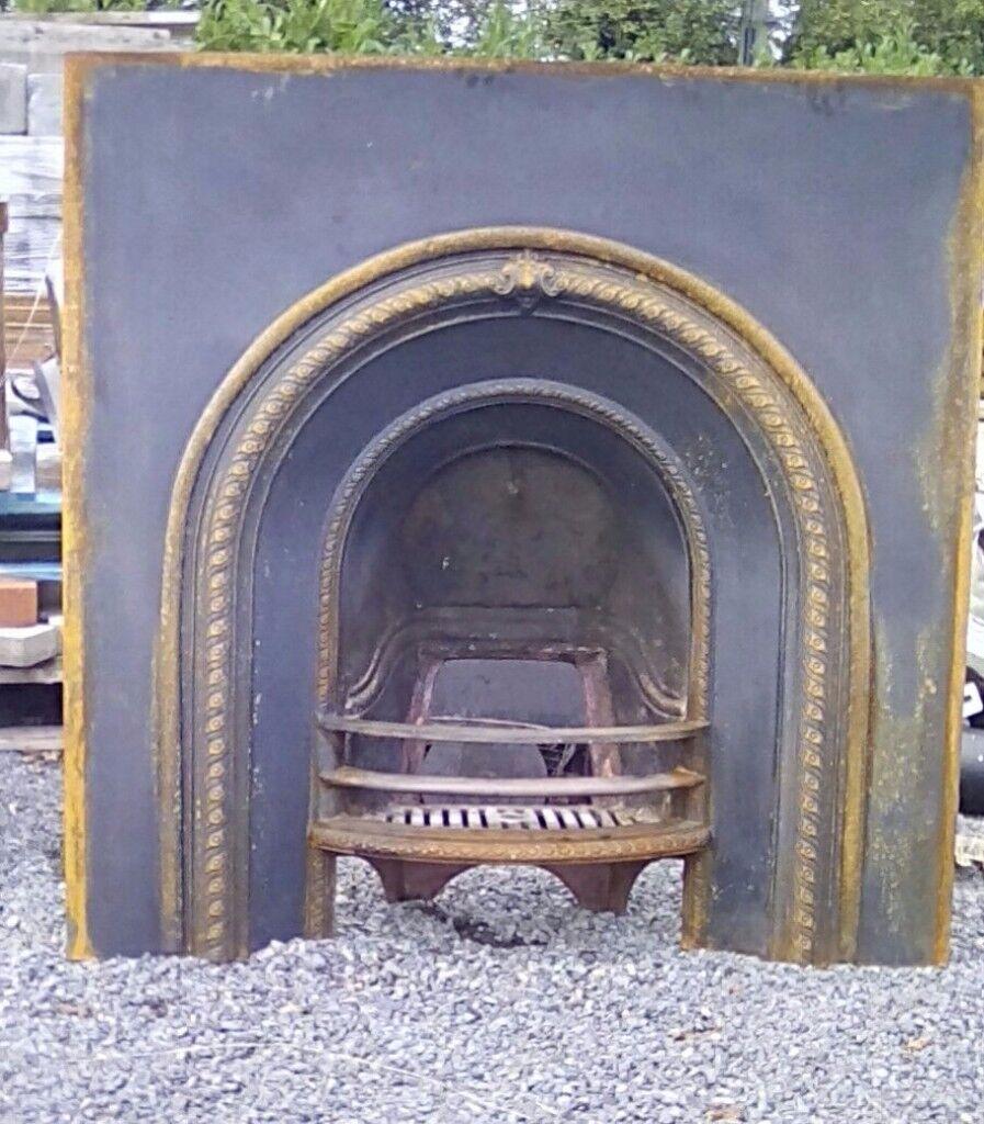 Cast stove