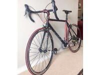 Used once (as new) Avenir Race Road Bike 55cm or 21 inch frame