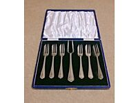 Set of 7 Retro Cake Forks