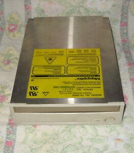 MAXOPTIX-MO-DRIVE-MODEL-T4-2600-INTERNO-SCSI-50-PIN-5-25-034-MAGNETO-OPTICAL-DRIVE