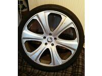 "22"" Land Rover Alloy wheels"