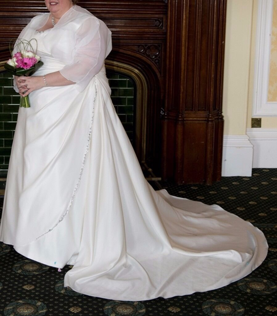 Ivory Satin Wedding Dress - Size 28/30