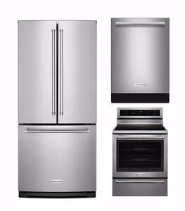 Combo cuisine KitchenAid acier inoxydable : Frigo 30'', cuisinière 30'' et lave-vaisselle 24''