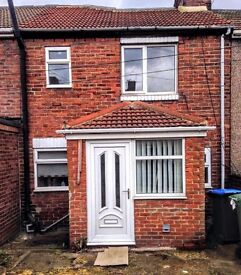 AMAZING: 3 Bed flat, Raby Avenue, Easington. Refurbished. £100/pw. Excellent location. READY TO LET!