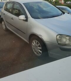 Mk5 Golf 1.4 Petrol Fsi for sale SPARES AND REPAIRS.