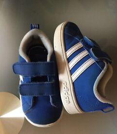 Adidas toddler size 4