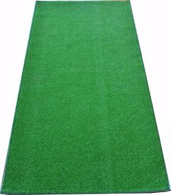 The outdoor carpet is suitable for a wide range of settings, from your balcony or terrace at home