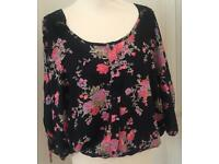 Ladies Top Size 14