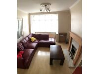 Spaciousloft in Collierswood - couples only