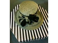 LADY HAT ASCOT /WEDDING TYPE BY VICTORIA ANN WITH BOX PLEASE VEIW ALL PHOTOS