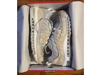 Nike X Supreme Air MAx 98 snakeskin still new with receipt size 9