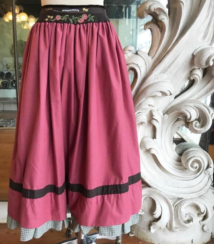 Trachten Austrian German Folk Style Ethnic Full Skirt Octoberfest 31 Waist