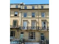 2 bedroom Victorian apartment with large garden